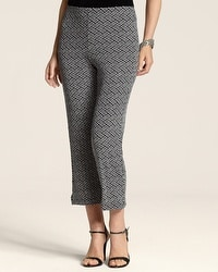 Travelers Classic Graphic Medallion Carm Crop