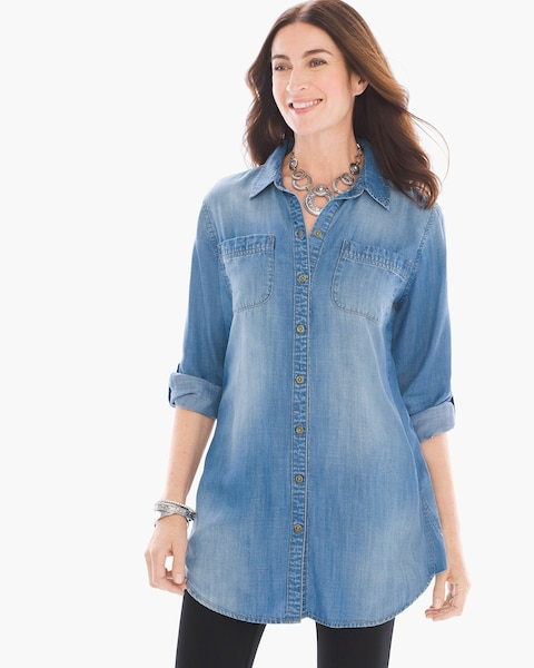 A style that's been around for decades with a classic fit, this women's authentic denim collared shirt washes down and fits like your favorite jeans.